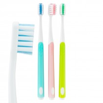 SmileCare™ Adult Round Comfort Grip Toothbrushes